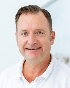 Zahnarzt Dortmund Dr. Henning Freitag